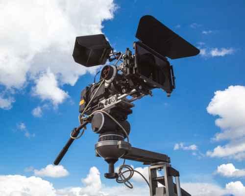 https://bluemoonfilmworks.com/wp-content/uploads/2016/05/video-production-miami_bluemoonfilmworks-500x400.jpg